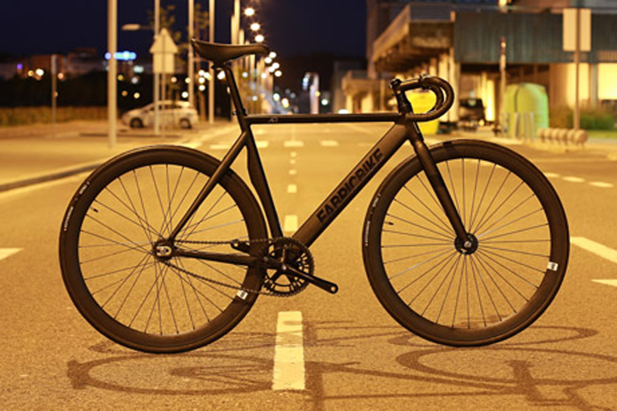 santa fixie buy the fabricbike air matte black track. Black Bedroom Furniture Sets. Home Design Ideas