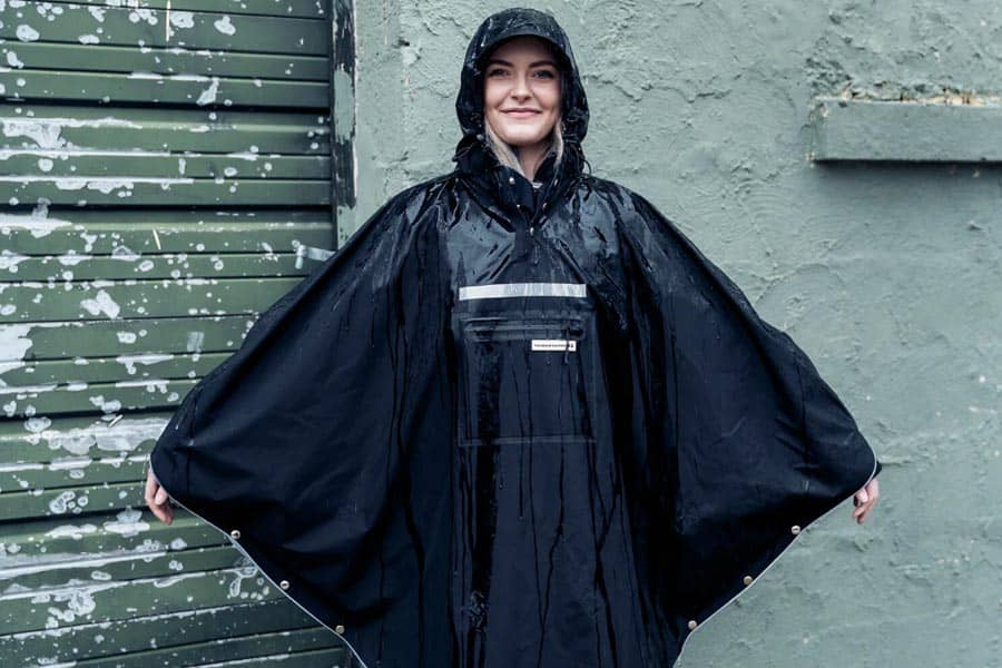 The Peoples Poncho 3.0 black