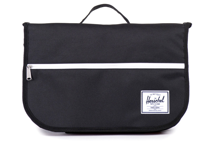 Herschel Supply Co Pop Quiz Messenger Bag Black