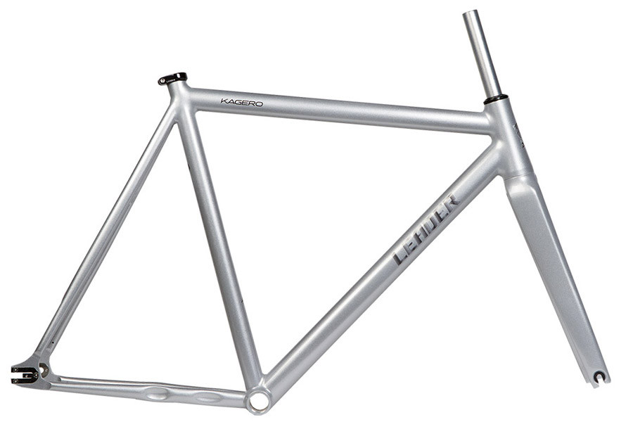 Santa Fixie. Buy Leader Kagero Frameset in silver color. Leader Frames