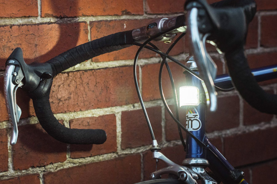 LED Bicycle Light USB Rechargeable LED Bike Light COB Taillight 2 Clip CIF