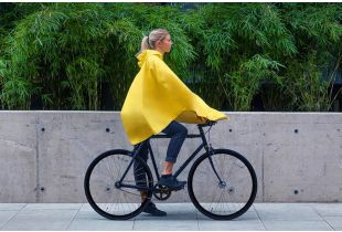 The Peoples Poncho 3.0 Amarillo