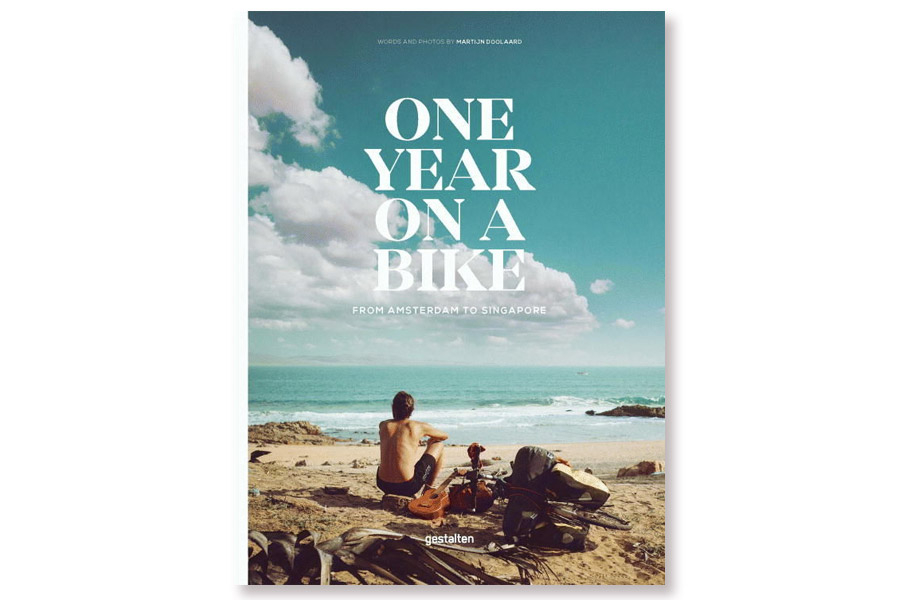 Boek One Year on a Bike